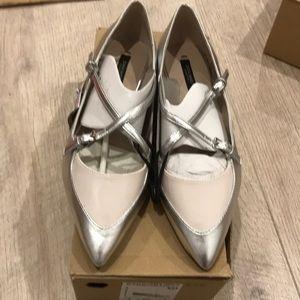 Zara flats size 8 or 39euro, new